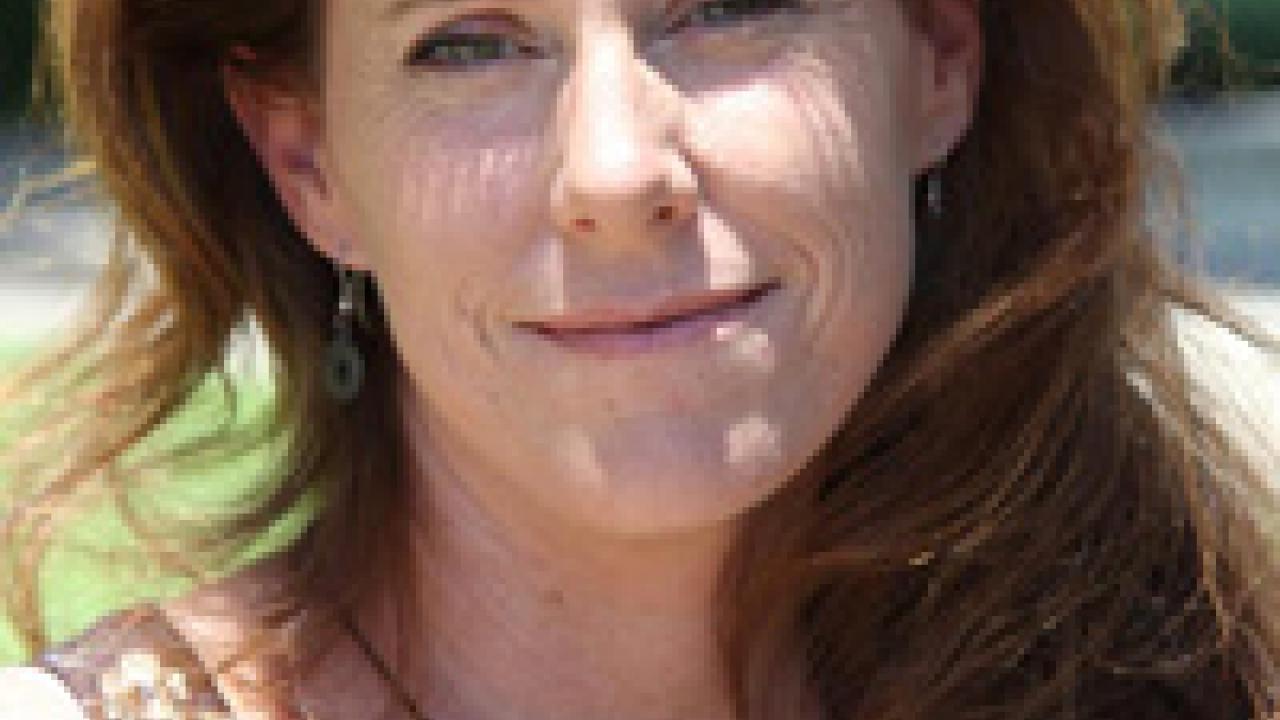 Cindy Passmore head shot