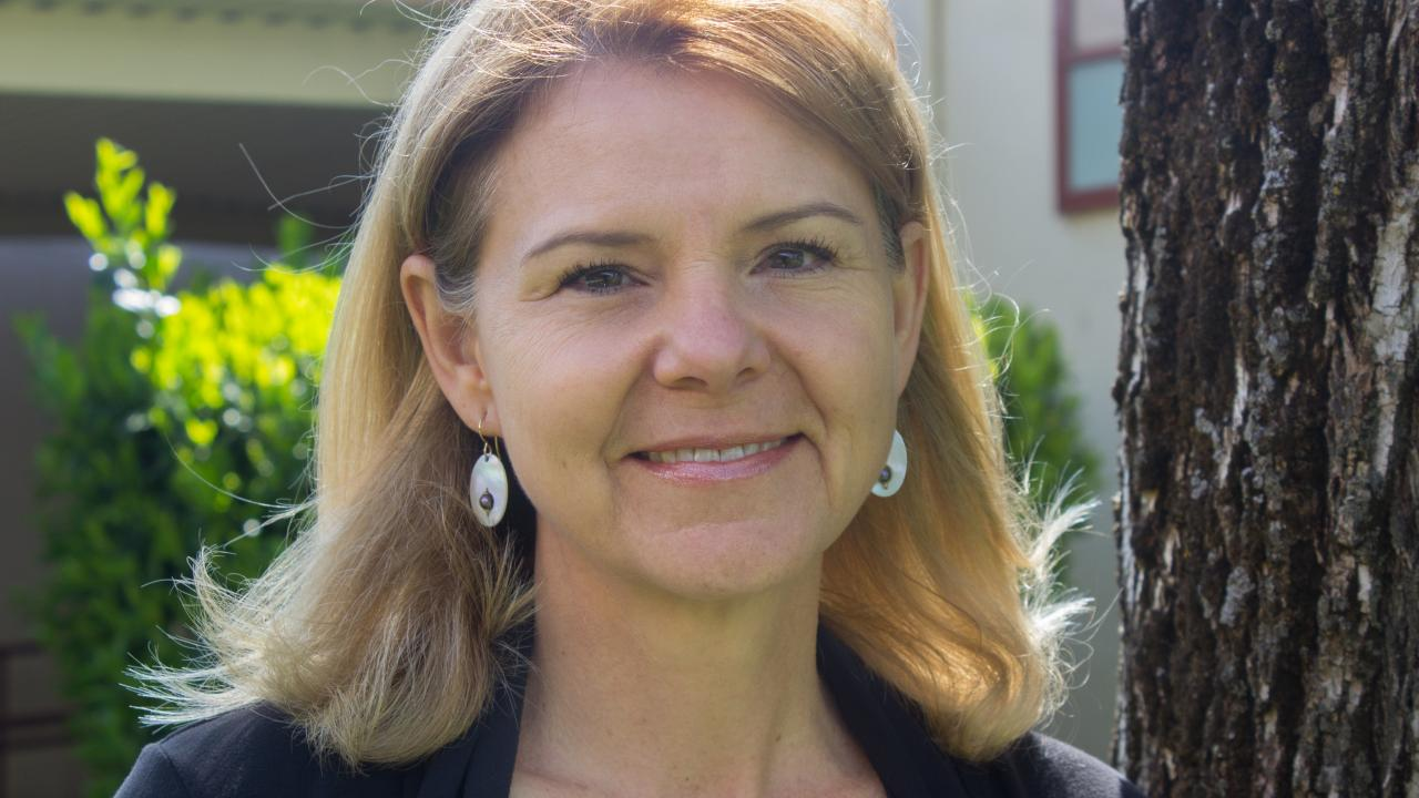 Jennifer Horton headshot